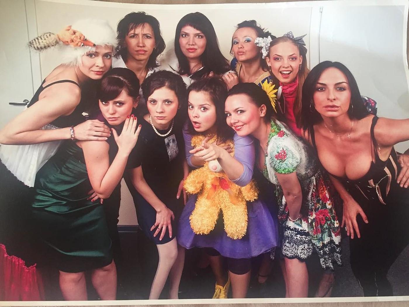 """Как изменились Варнава, Медведева, Скулкина и другие звёзды """"Comedy Woman"""""""