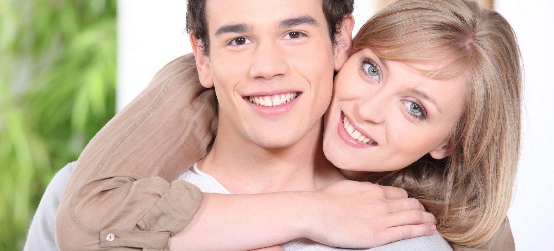 Муж младше жены: советы психолога