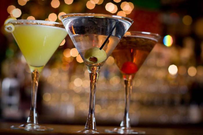 Бармены раскрывают секреты и рассказывают, какие напитки заказывать не стоит