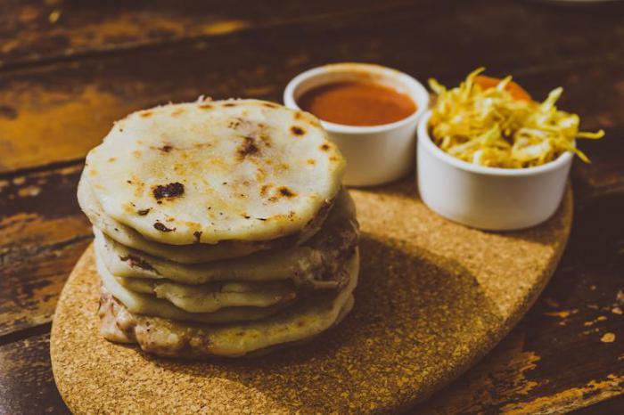 Что обычно едят в разных странах: 23 привычных блюда