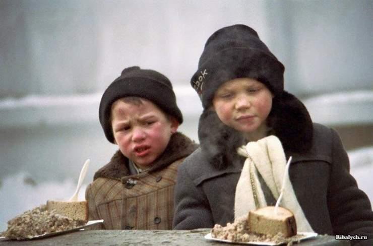 Знаковые фото периода распада СССР