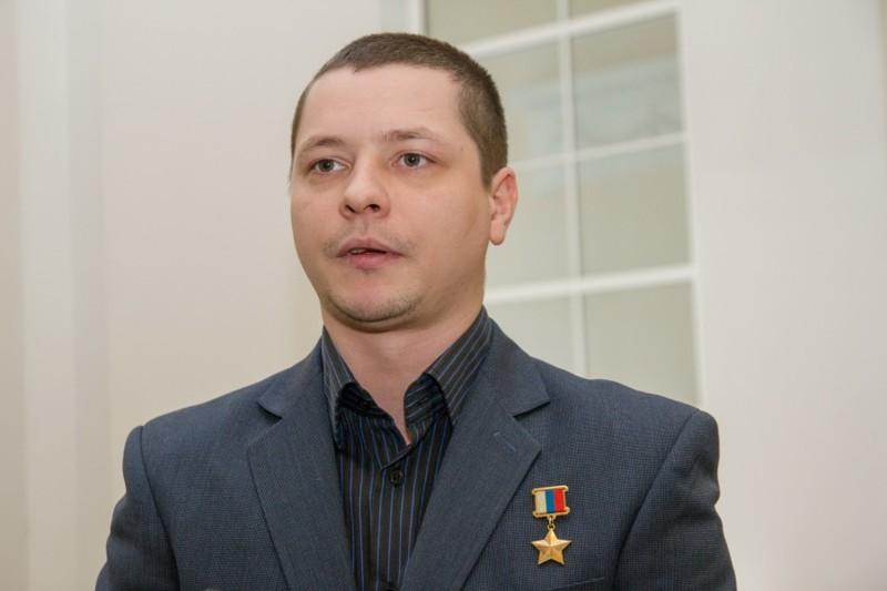 Сергей Мыльников: Самый молодой Герой России!