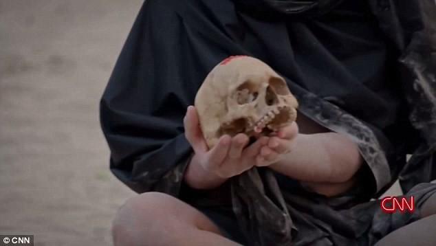 Шок: американский телеведущий съел человеческий мозг вэфире!