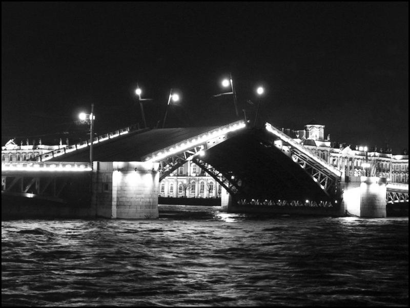 Красиво разводятся только мосты