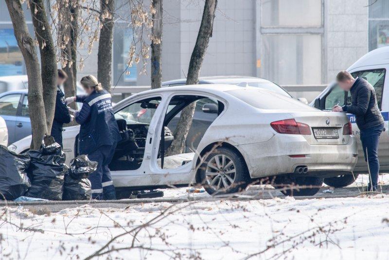 ВМоскве злоумышленники ночью разобрали припаркованный BMW