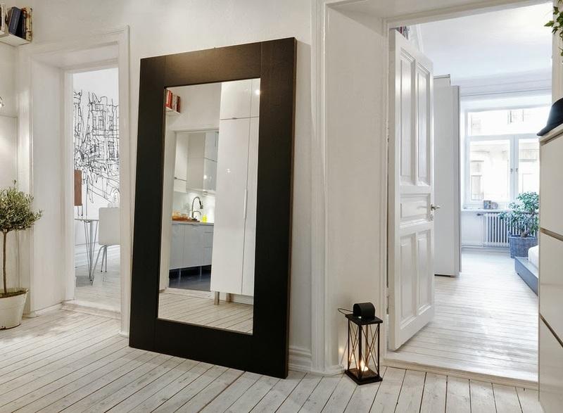 Куда повесить зеркало в доме