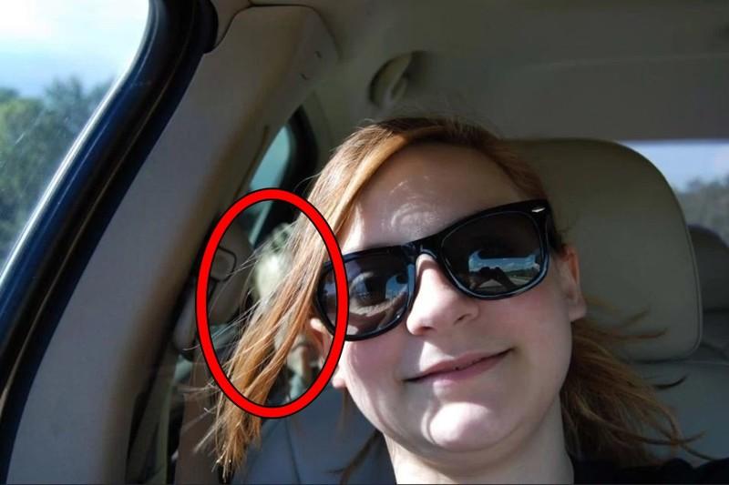 Кактолько женщина поделилась этой фотографией наFacebook, друзья начали звонить ейвпанике