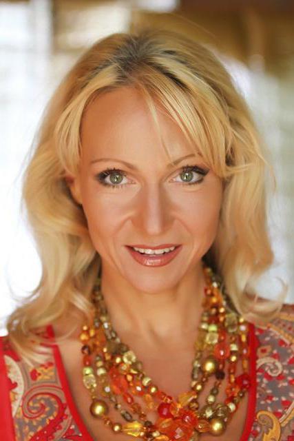 Исполнительница русских песен Лена Василек: биография, личная жизнь, творчество. Группа