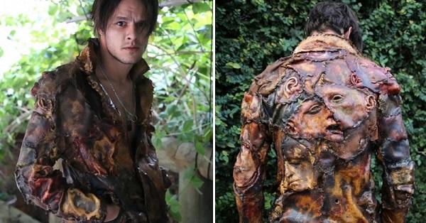 На первый взгляд это обычная кожаная куртка. А ты всмотрись повнимательнее...