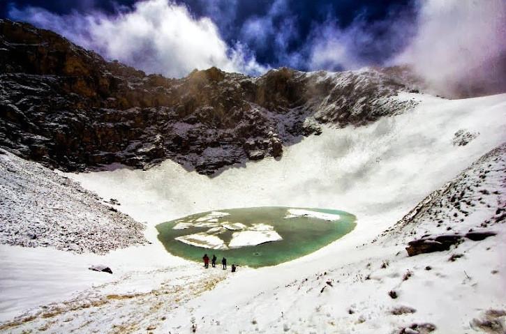 Тайна озера Роопкунд вГималаях