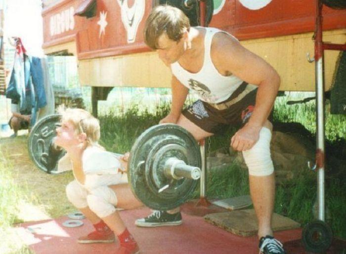 Чемсейчас живет самая сильная девочка планеты Варвара Акулова