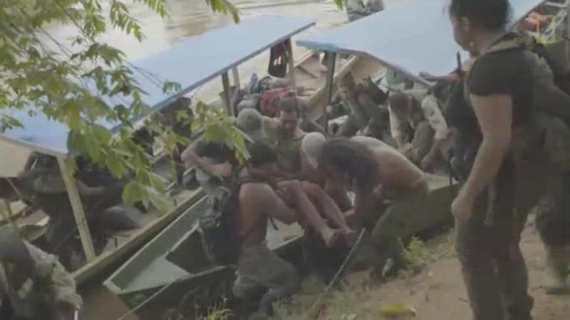 Обезьяны 9дней кормили туриста, заблудившегося вджуглях Амазонки