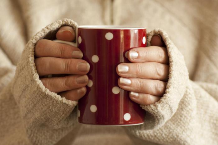 Не можете спать всю ночь? Попробуйте приготовить успокаивающий чай по необычному рецепту