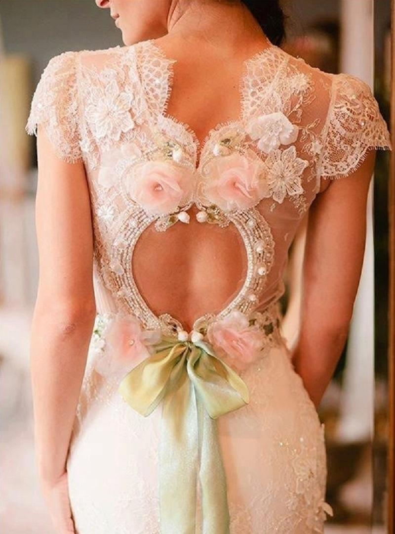 Самые стильные свадебные платья 2017: вот на что нужно обратить внимание будущей невесте.