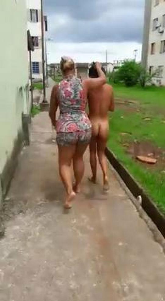 Разъяренная жена провела голышом любовницу мужа поулицам сан-паулу