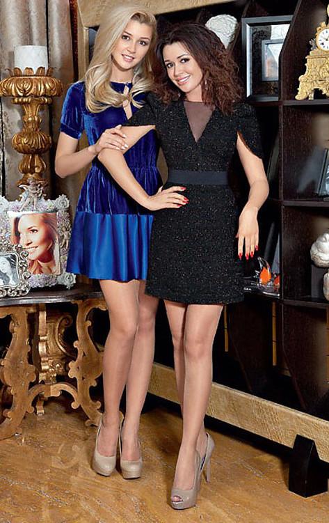Тот неловкий момент, когда мама и дочь выглядят на один возраст