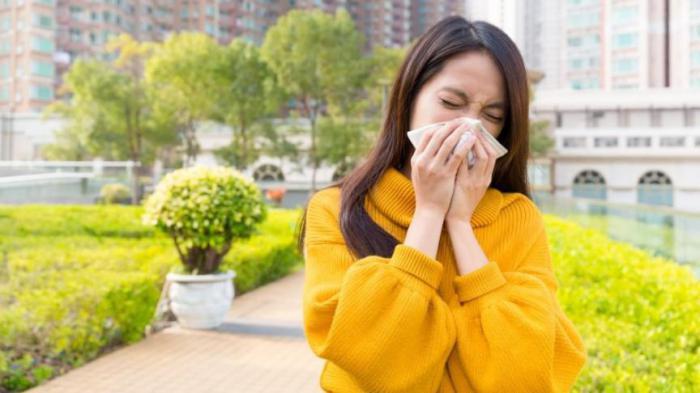 Неприятный запах тела: причины, из-за которых он появляется