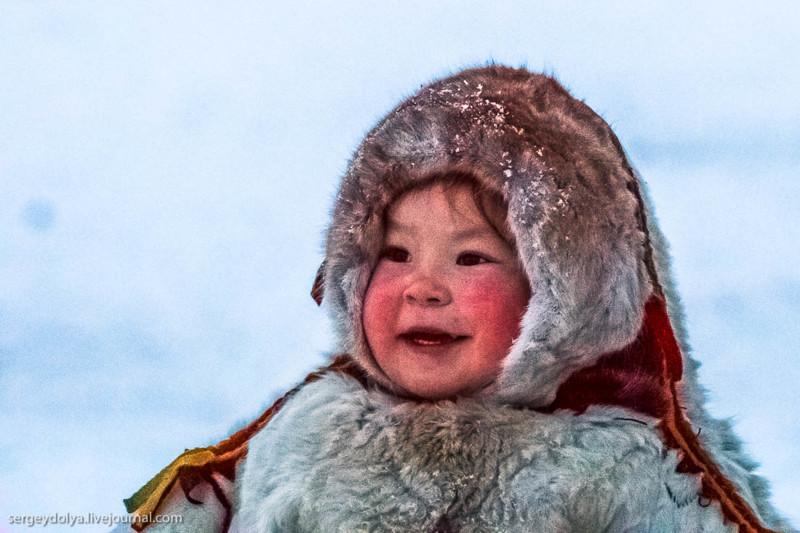 Ненецкая девочка-пингвинчик Соня изСалехарда