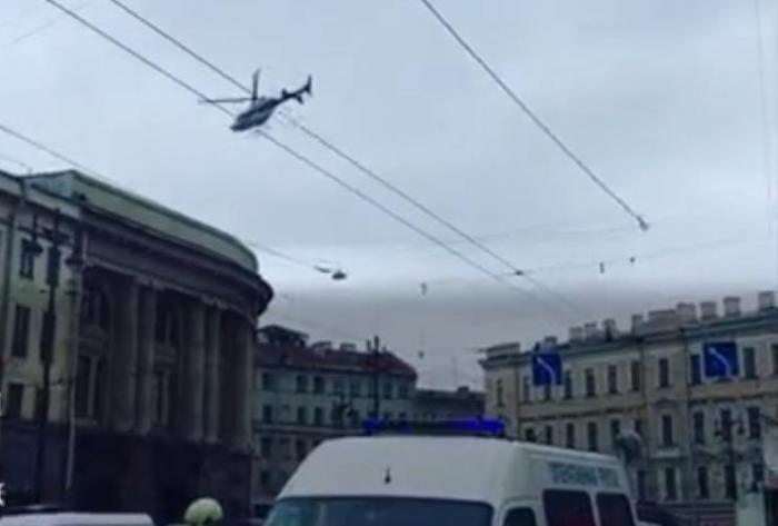 Что известно на настоящий момент о взрыве в петербургском метро?