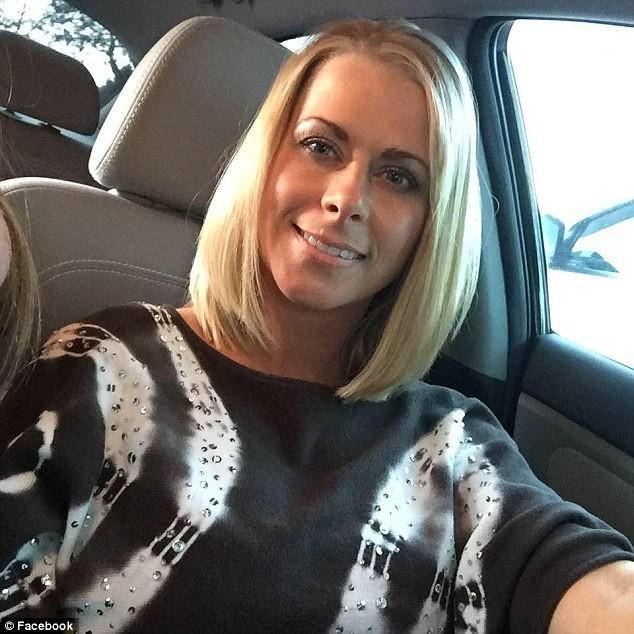 42-летней ассистентке стоматолога грозит тюремный срок засекс снесовершеннолетними футболистами