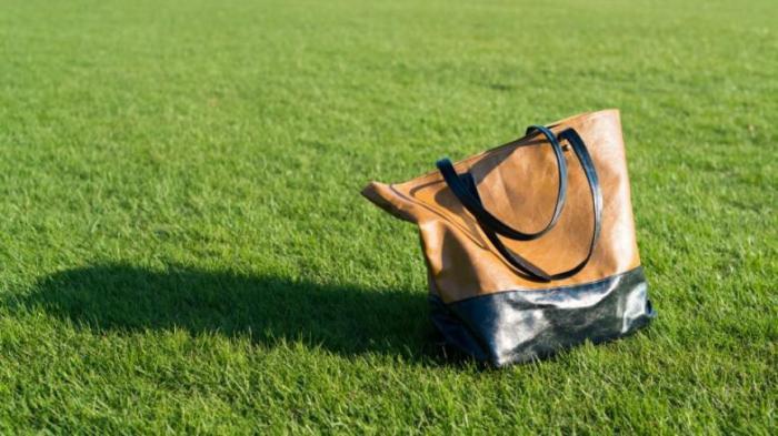 Что происходит с вашим телом, если вы носите тяжелые сумки?