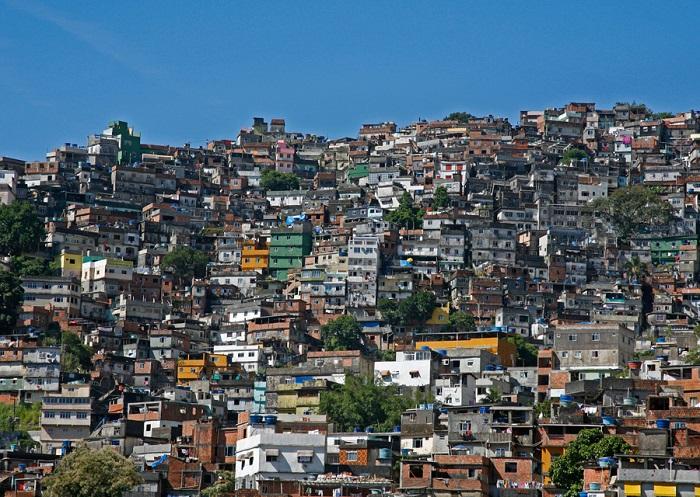 Вот как выглядит типичное жилье в разных странах мира. Россия, как всегда, выделилась!