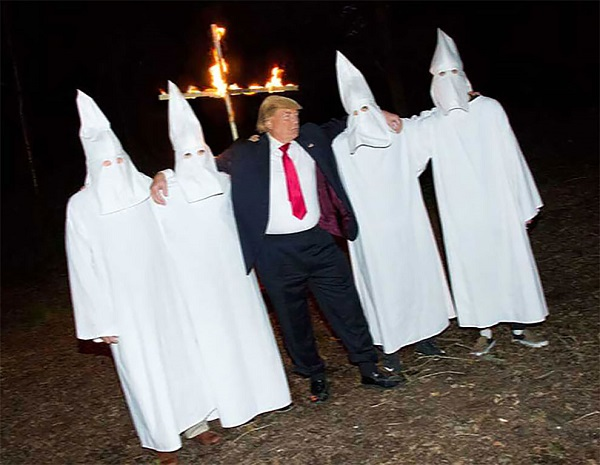 Это 10 фотографий Дональда Трампа, которые он бы с удовольствием сжег.