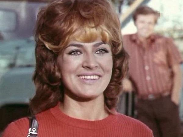 Эта советская актриса смогла воспитать звезду Голливуда. Готова поспорить, что ты не угадаешь эту знаменитость!