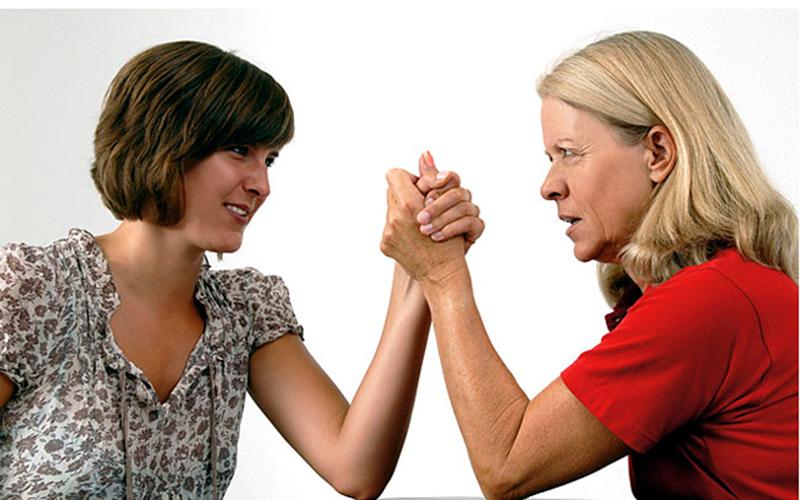 Вот как сложатся ваши отношения со свекровью согласно вашему знаку Зодиака