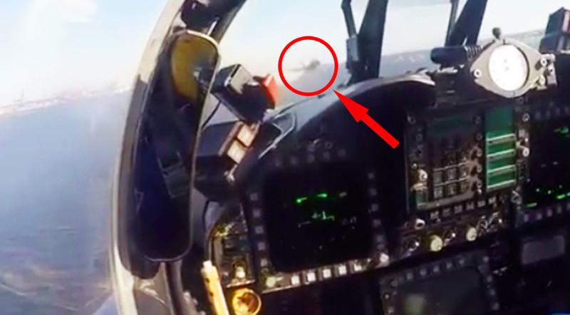 15самых пугающих видео, снятых изкабины пилота