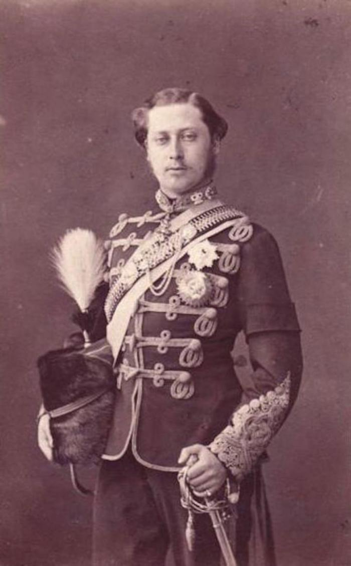 11 громких скандалов из прошлого, связанных с британскими монархами