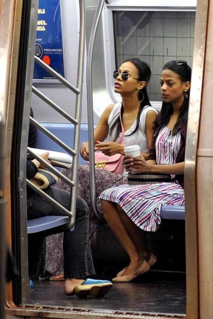 Знаменитости вобщественном транспорте