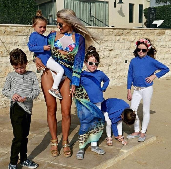Однажды 100-килограммовая мать 5 детей не смогла смотреть на себя в зеркало. Теперь взгляни на эту красотку сейчас!