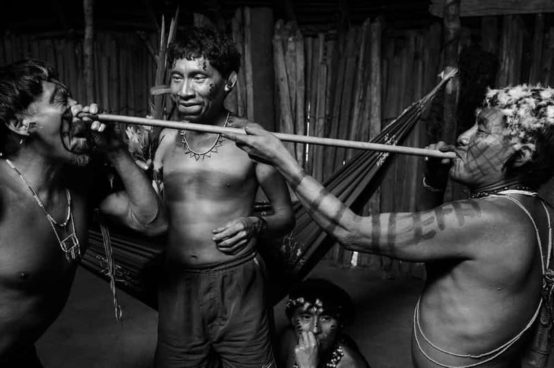 15самых странных ижестоких ритуалов инициации вмире
