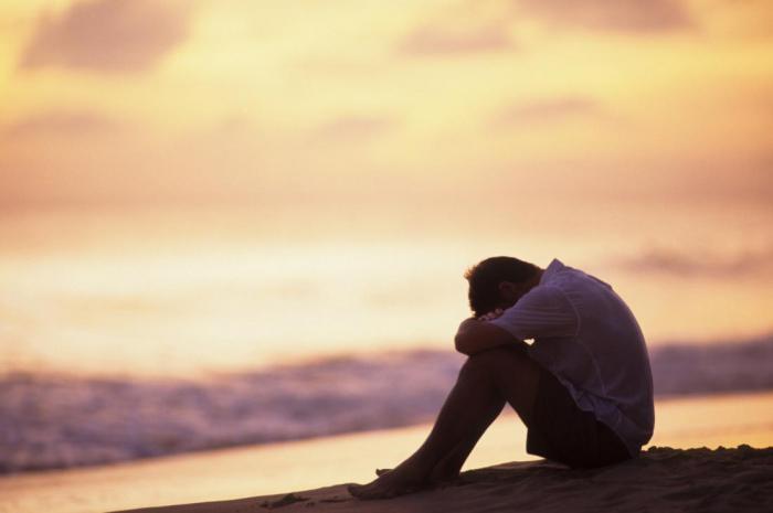 Наиболее частые причины, по которым люди впадают в депрессию