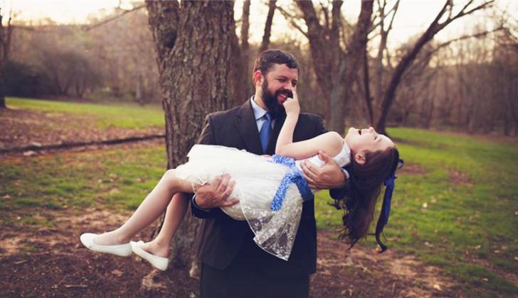 Отец основал новое государство, чтобы сделать дочку принцессой