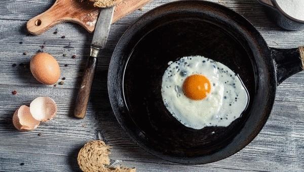 3 причины готовить на чугунной сковороде
