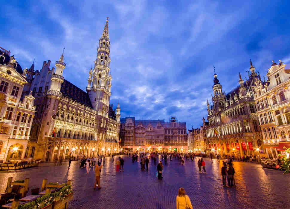 Вот как объехать все 15 лучших городов Европы за 500 долларов
