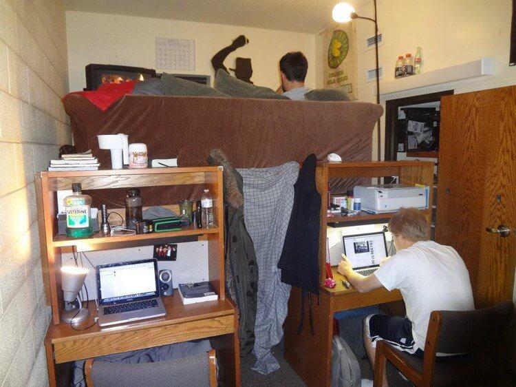 25 фото о том, как живут и отрываются студенты в общаге!