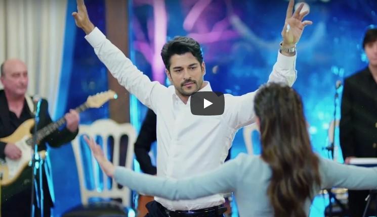 Красавец Бали Бей из «Великолепного Века» исполняет традиционный турецкий свадебный танец… Это нужно видеть!