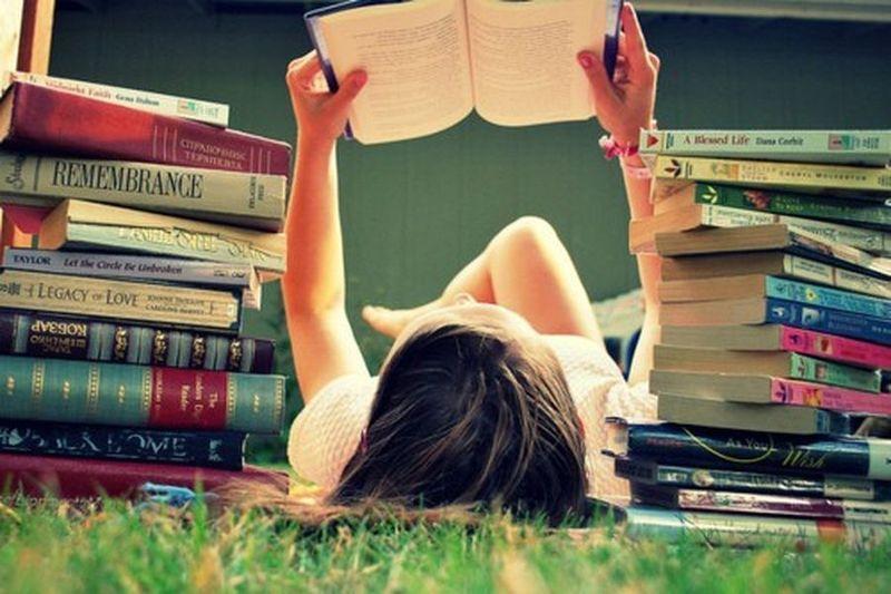 Девять книг, которые любого спасут от депрессии