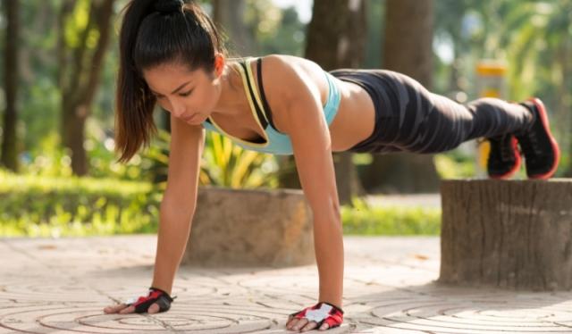 Планка — 4 минуты в течение 28 дней – и у вас совершенно новое тело!