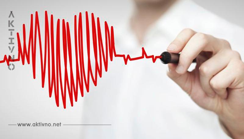 Вот как остановить сердечный приступ за 1 минуту. Вдруг это спасет кому то жизнь!