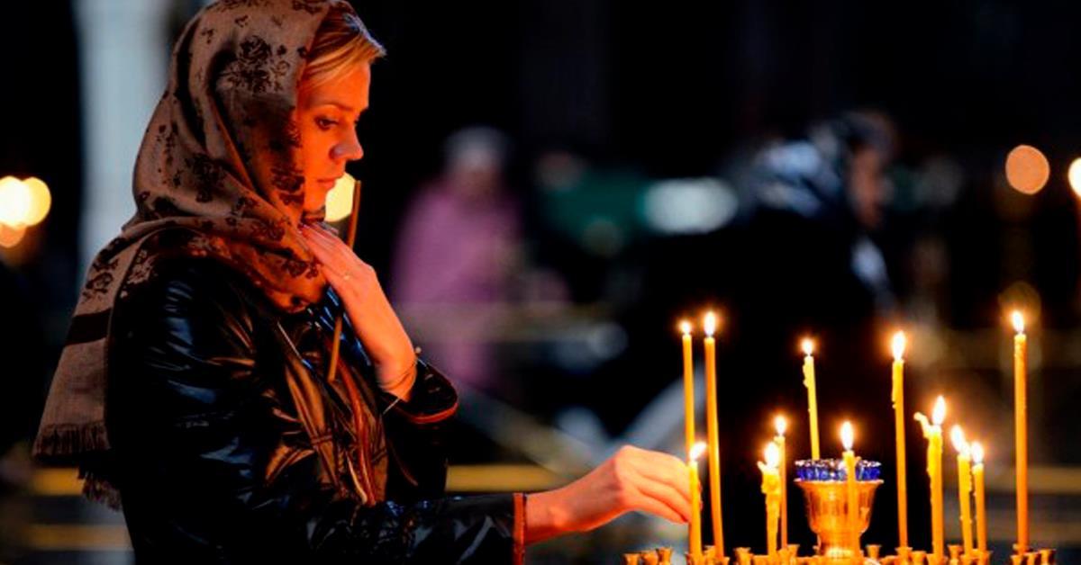 Сегодня празднуем Сретенье Господне! Вот что стоит сделать каждой женщине сегодня для защиты семьи от всех бед!