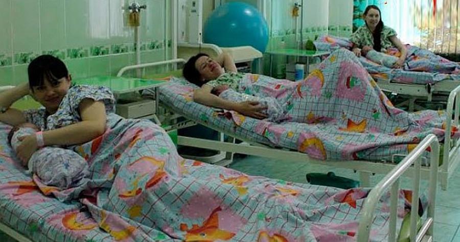 Я недавно вспоминала свою беременность…В палате нас было пятеро. Первой сюда прибыла Ленка.