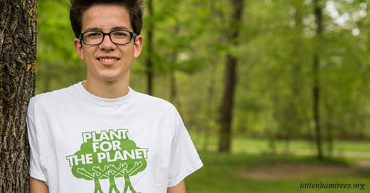Этот 19-летний парень посадил 14 миллиардов деревьев. Его цель - триллион!