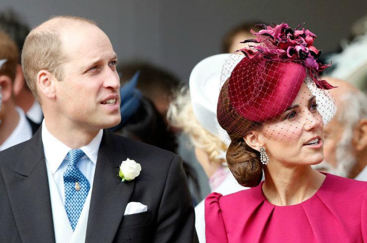 Ветер сыграл злую шутку с Кейт Миддлтон на свадьбе принцессы Евгении!
