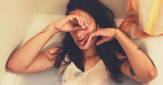 Когда душа истощена и лишена энергии, тело подает сигналы 10 тью признаками