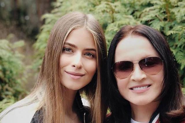 17 летняя внучка Софии Ротару выпустила дебютную песню