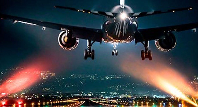 Рассказал 2-й пилот Боинга-757 компании Транс Аэро. Дальше с его слов: